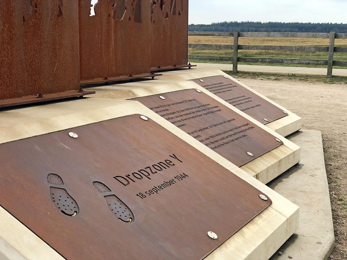 Ginkelse Heide monument wandelen in Ede